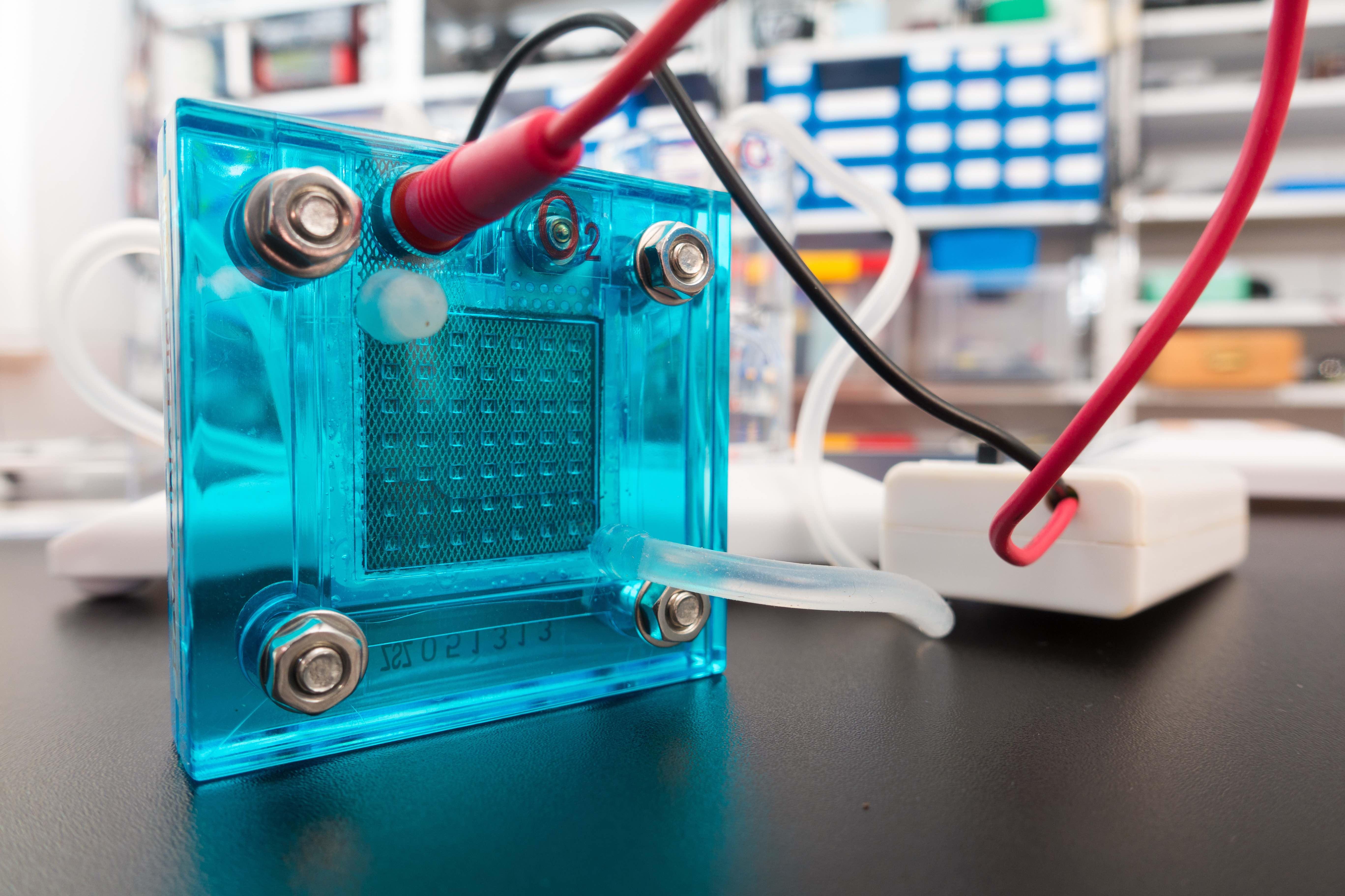 Hydrogen fuel cells allow smart energy consumption
